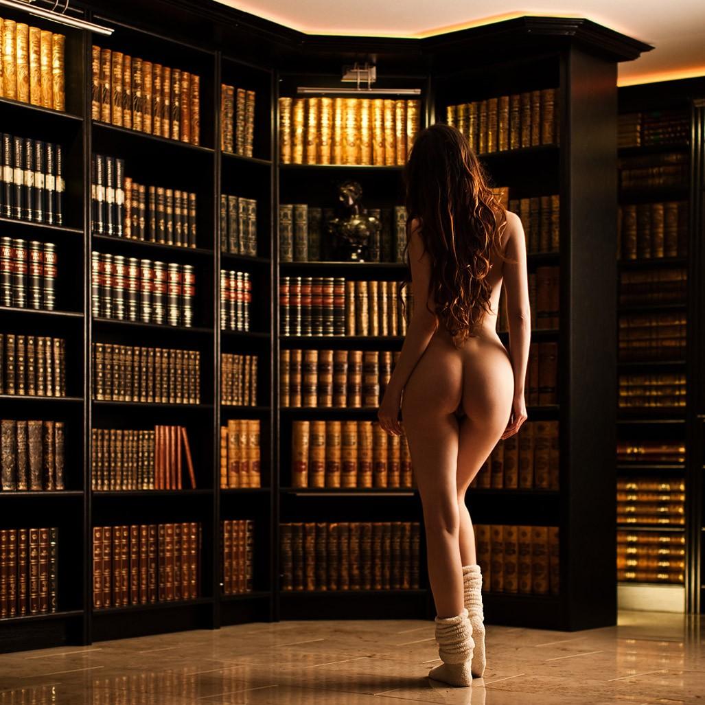 Hot erotica books