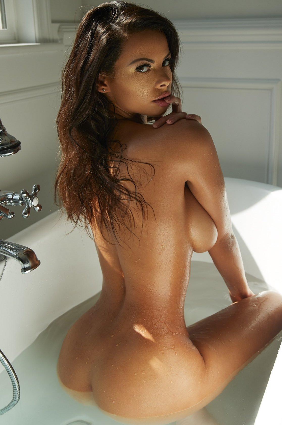 Katie Bell Model Nude