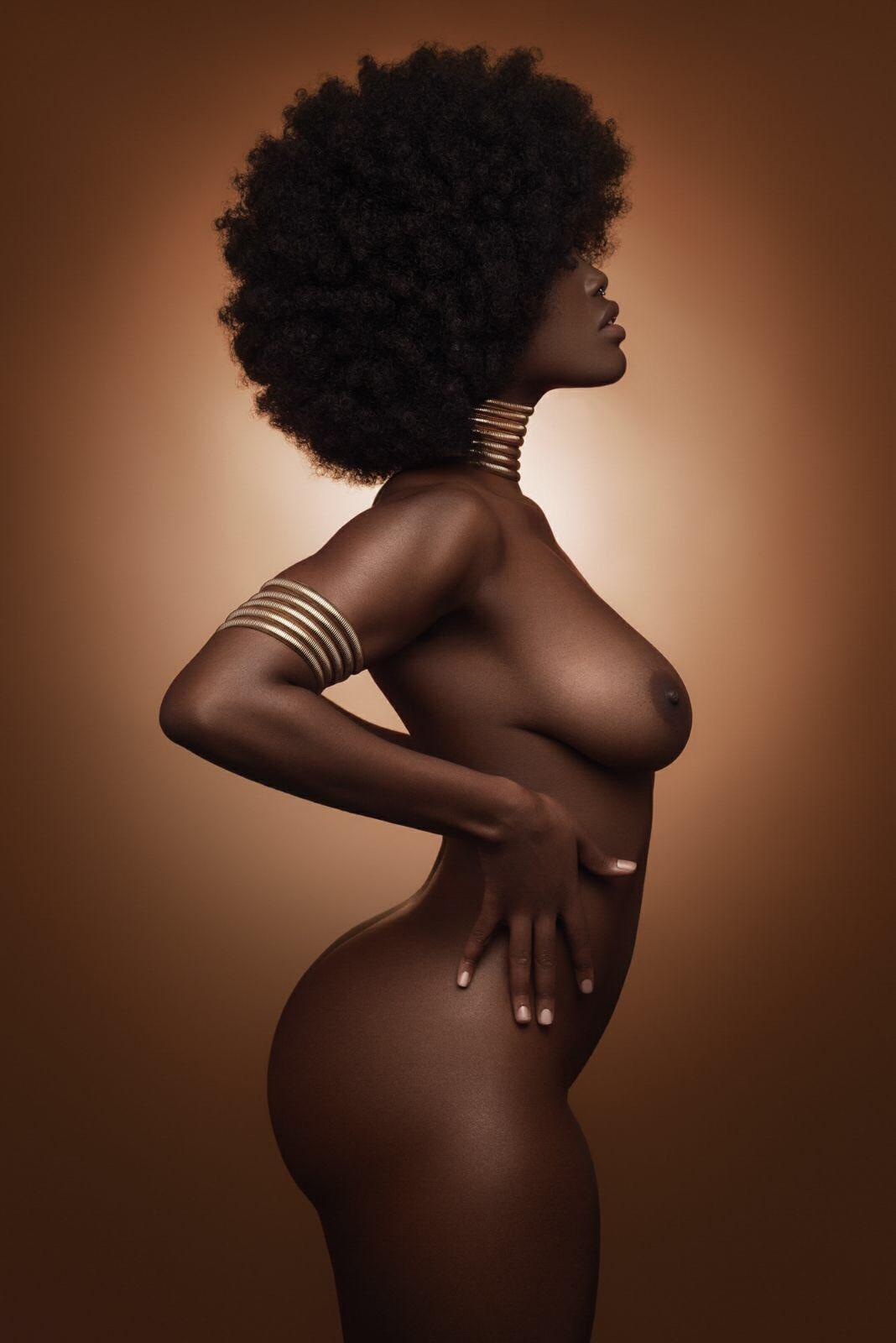 1068x1600, 92 Kb / негритянка, афро, украшение